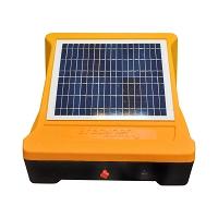 Aparat generator impulsuri pentru gard electric 12V, 5 Joule, 40km cu panou solar 20W si baterie 12V/12Ah Breckner Germany